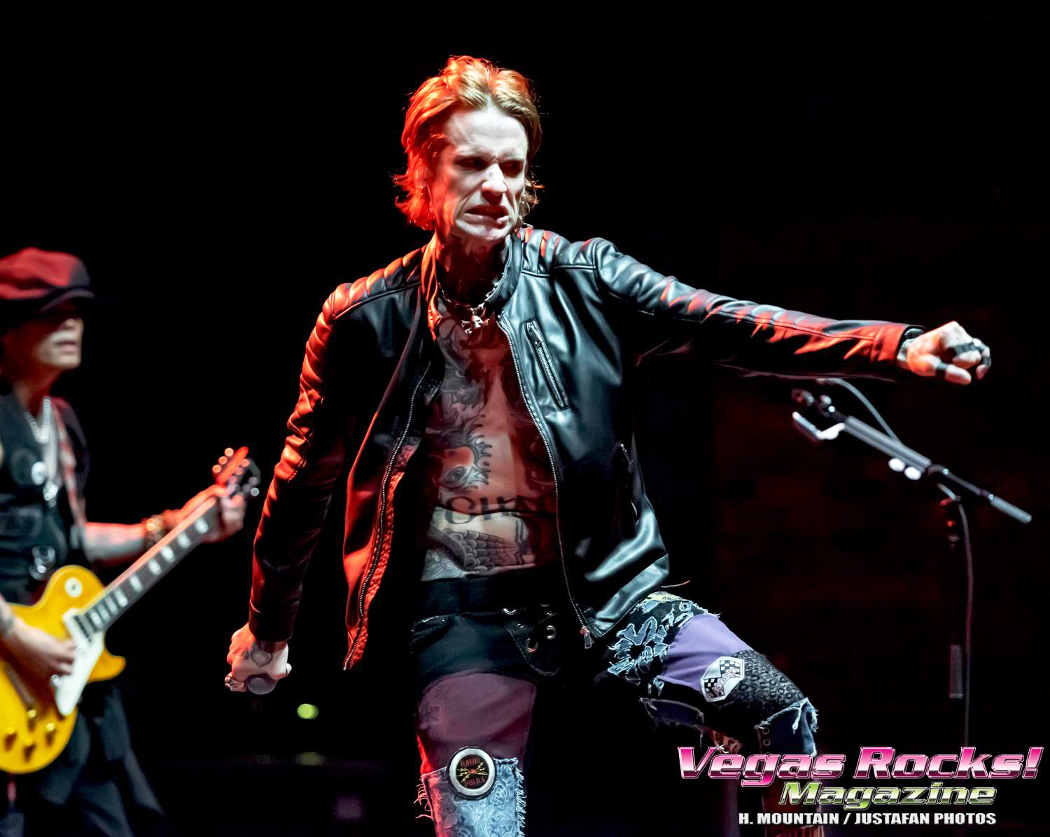 Josh Todd Rocks the stage!