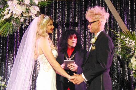 MURRAY SAWCHUCK'S WEDDING OF THE YEAR!